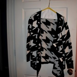 West 36th black and white patterned sweater